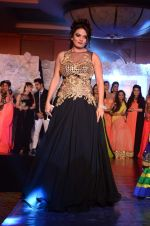 Sheeba on ramp for Beti show in J W Marriott on 12th April 2015 (191)_552b95dc454ec.JPG