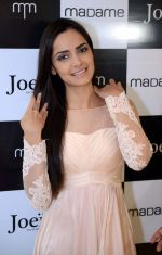 Shazahn Padamsee during the Launch of first Perfume JOEI at Madame showroom, Ambience Mall, gurgaon,Haryana on 14th April 2015 (11)_552e480da8c54.JPG