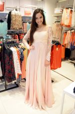 Shazahn Padamsee during the Launch of first Perfume JOEI at Madame showroom, Ambience Mall, gurgaon,Haryana on 14th April 2015 (22)_552e4833993a4.JPG
