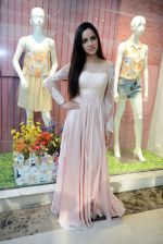 Shazahn Padamsee during the Launch of first Perfume JOEI at Madame showroom, Ambience Mall, gurgaon,Haryana on 14th April 2015 (6)_552e47f89184b.JPG