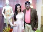 Shazahn Padamsee during the Launch of first Perfume JOEI at Madame showroom, Ambience Mall, gurgaon,Haryana on 14th April 2015 (7)_552e47fd6e8bd.JPG