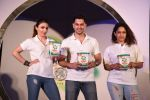 Soha Ali Khan, Kunal Khemu, Masaba at Ariel Share The Load Campaign Launch in Mumbai on 14th April 2015 (16)_552e4fd2d3922.JPG