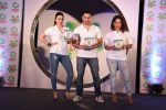 Soha Ali Khan, Kunal Khemu, Masaba at Ariel Share The Load Campaign Launch in Mumbai on 14th April 2015 (18)_552e4fd4348e1.JPG