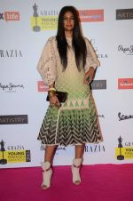 Carol Gracias at Grazia young fashion awards red carpet in Leela Hotel on 15th April 2015 (1880)_552ff8a230c3a.JPG