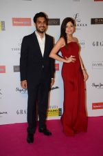 Kanika Kapoor at Grazia young fashion awards red carpet in Leela Hotel on 15th April 2015 (1689)_5530a12a27588.JPG