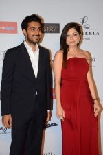 Kanika Kapoor at Grazia young fashion awards red carpet in Leela Hotel on 15th April 2015 (1694)_5530a130c6aab.JPG