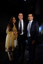 Genelia D Souza at Lorenzo Quinn launch in India in Gallery Odyssey at India Bulls set on 20th April 2015 (456)_55366ed72b714.JPG