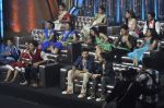 Shraddha Kapoor and Varun Dhawan on the sets of Zee Super Moms in Mahalaxmi on 21st April 2015 (1)_55379d2100401.JPG