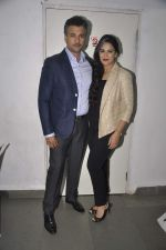 Rohit Roy, Mona Singh at Unfaithfully play in St Andrews on 26th April 2015 (44)_553de4d6eaa09.JPG