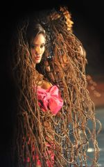 Bruna Abdullah on location of a film called Robinhood Ke Potte at Panchagani (5)_554373dd0da7a.JPG