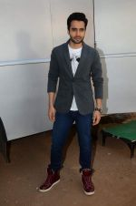 Jackky Bhagnani promote Welcome to Karachi at Life Ok comedy class on 30th April 2015