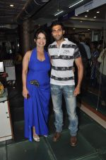 at the launch of Leena Mogre fitness book in Bandra, Mumbai on 30th April 2015 (17)_5543784c022aa.JPG