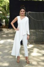 Anushka Sharma at Dil Dhadakne Do music launch in Mumbai on 3rd May 2015 (109)_5546167ebe427.JPG