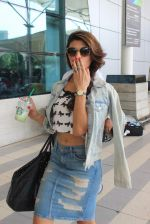 Jacqueline Fernandez snapped at Mumbai Airport on 2nd May 2015