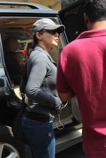 Preity Zinta  snapped on 4th May 2015 (27)_554864626f945.JPG