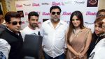 Sunny Leone, Ram Kapoor in Delhi for film promotions of Kuch Kuch Locha Hai on 4th May 2015 (87)_55488c9b1a134.JPG