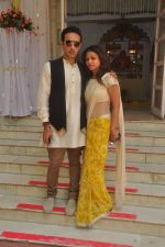 Surily Goel at Abhishek Kapoor & Pragya Yadav Wedding at Isckon temple on 3rd May 2015 (53)_55486b2cd66c6.JPG
