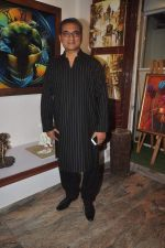 Abhijeet Bhattacharya inaugurates art gallery in Mumbai on 5th May 2015 (20)_5549f8ec3608b.JPG