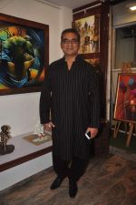 Abhijeet Bhattacharya inaugurates art gallery in Mumbai on 5th May 2015 (23)_5549f8ef0203d.JPG