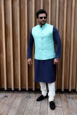 Madhavan promotes Tanu Weds Manu 2 in Kolkata on 7th May 2015