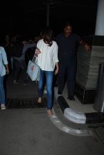 Anushka Sharma snapped as they return from Kolkata on 8th May 2015