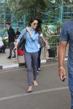 Shraddha Kapoor snapped at the airport on 8th May 2015