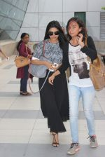 Asin Thottumkal snapped at airport on 10th May 2015 (10)_55504169c5315.JPG