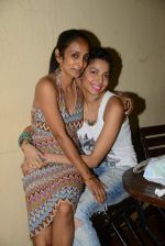 Diandra Soares, Suchitra Pillai at Narayani Shastri_s Rann film screening in Star House, Andheri on 10th May 2015 (16)_55504219bedf3.JPG
