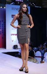 Gail Nicole Da Silva walking the Ramp at _Femina Festive Showcase May 2015_.10_55518e881f010.JPG