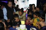 Preity Zinta, Dharmendra at Producer Kishor & Pooja Dingra_s son Aakash Dingra_s 7th Birthday Party in Mumbai on 11th may 2015 (47)_55519471717d1.JPG