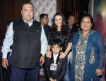 Preity Zinta, Dharmendra at Producer Kishor & Pooja Dingra_s son Aakash Dingra_s 7th Birthday Party in Mumbai on 11th may 2015 (88)_5551948244a75.jpg
