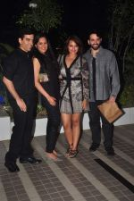 Sonakshi Sinha, Kush Sinha, Luv Sinha at Mary Kom success bash in Andheri, Mumbai on 12th May 2015 (101)_555327af52adf.JPG