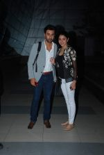 Anushka Sharma, Ranbir Kapoor snapped at airport in Mumbai on 13th May 2015