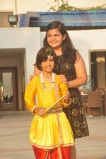 Meet Mukhi, Saloni Daini at Big FM launches Garmi Ki Chutti in Mumbai on 13th may 2015 (41)_555438996b734.JPG