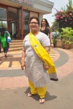 Saroj Khan at Dance with Madhuri in The Club on 13th May 2015 (66)_555435840d9ca.JPG