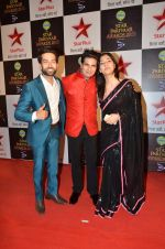 Karan mehra, Nakuul Mehta  at Star Pariwar Awards in Mumbai on 17th May 2015 (59)_5559cb9c6cd15.JPG