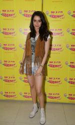 Shraddha Kapoor on the sets of Radio Mirchi on 18th May 2015