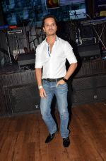 Raghav Sachar at Radio Mirchi Top 20 Awards in Hard Rock Cafe on 20th May 2015 (50)_555d813157eaf.JPG