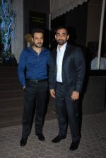 Emraan Hashmi, Kunal Deshmukh at director Vishal Mahadkar_s wedding reception in Mumbai on 23rd May 2015 (27)_5561af404c6c5.JPG