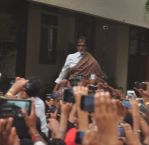 Amitabh Bachchan snapped at his home as he greeted hundreds of fans in Mumbai on 24th May 2015