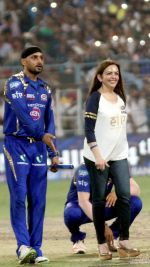 Nita Ambani cheering Mumbai Indians on 24th May 2015