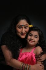 Jayati Bhatia and Ruhana Khanna shoot for music video O Meri jaan in Jogeshwari on 25th May 2015