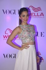 Kiara Advani at Wella event in Mumbai on 27th May 2015 (23)_5566e414ce989.JPG