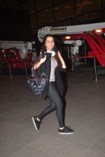 Shraddha Kapoor snapped at Airport on 27th May 2015