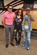 Varun Dhawan and Shraddha Kapoor, Remo D Souza photoshoot for the film ABCD in Mumbai on 27th May 2015