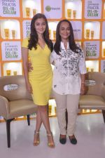 Alia bhatt, Soni Razdan at garnier event in Mumbai on 28th May 2015