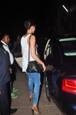 Deepika Padukone came to meet Ranveer Singh at Mehboob on 28th May 2015
