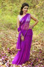 Suza Kumar Photoshoot (31)_556aa69067d46.jpg