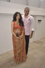 Bhagyashree at Nishka and Dhruv_s wedding bash in Mumbai on 31st May 2015 (224)_556c4f9050d80.JPG