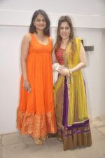 Tejaswini Kolhapure at Nishka and Dhruv_s wedding bash in Mumbai on 31st May 2015 (50)_556c5897c665a.JPG